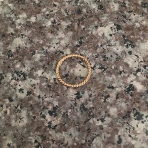 14k rope / twist ring